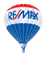 RE/MAX Property Centre Logo