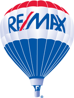 RE/MAX PLATINUM REALTY Logo